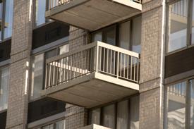 NY tenants sue for toxic dust in apartments