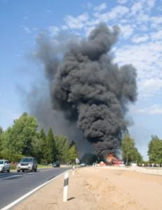 Fiery semi truck accident on NJ pike, 1 dead
