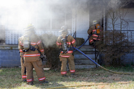 2 firefighters and couple injured going back into burning home for pets