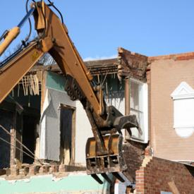 EPA fines: Rhode Island Airport, contractors pay $25K for demolition violations