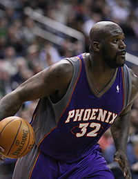 Shaquille O'Neal's wife injured in car wreck in Orlando,FL